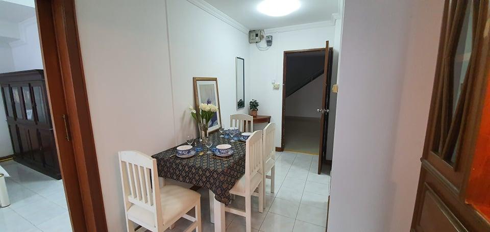 thepthip mansion cheap condo for sale phratamnak pattaya