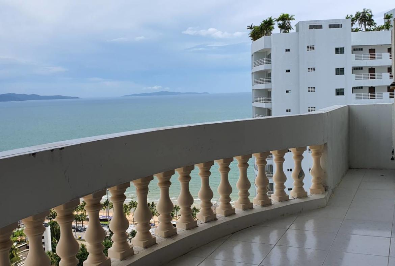 jomtien complex 3 bedroom soe sale sea view