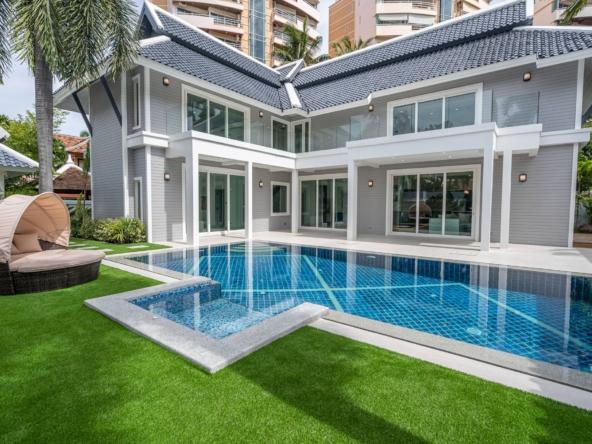 chateau dale villa for sale luxury house pattaya